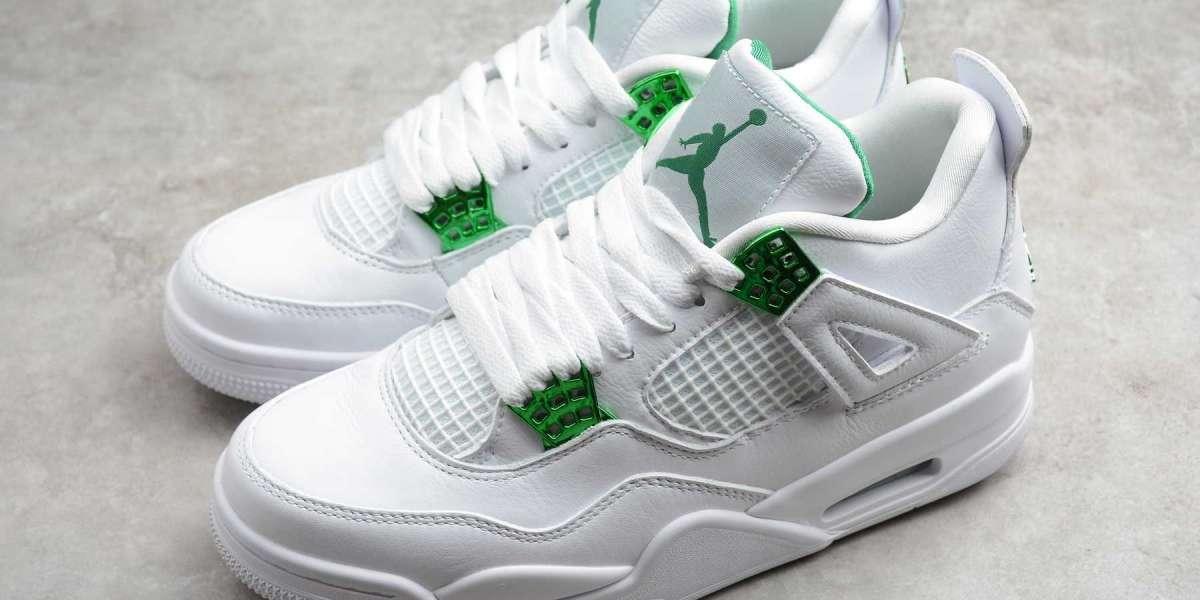 Air Jordan 4 Rétro abondance de chaussures