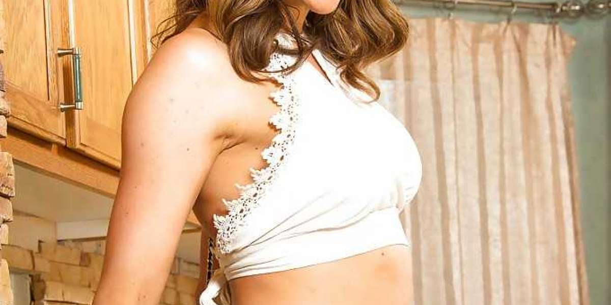 Enjoy high-class services of Housewife Escorts Greater Noida