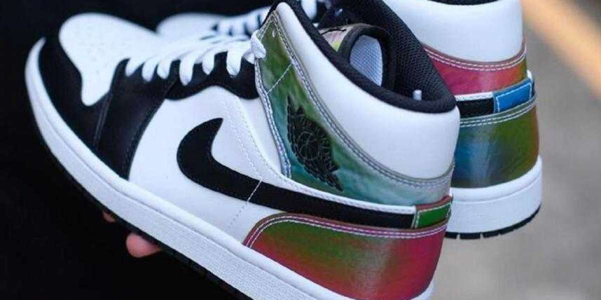 This Upcoming Air Jordan 1 Mid Get Cover with Heat-Reactive Panels